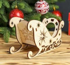 Сани деревянные новогодние