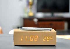 QiBOX - беспроводная зарядка qi, часы, аудио-система, термометр, будильник.