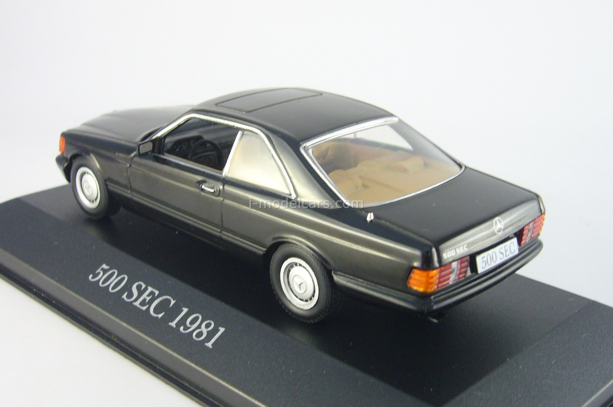 Mercedes 500 SEC 1981 black Altaya 1:43