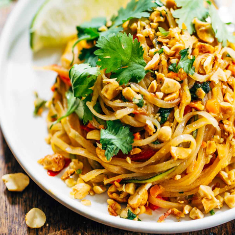 https://static-eu.insales.ru/images/products/1/7686/109444614/vegan_pad_thai.jpg