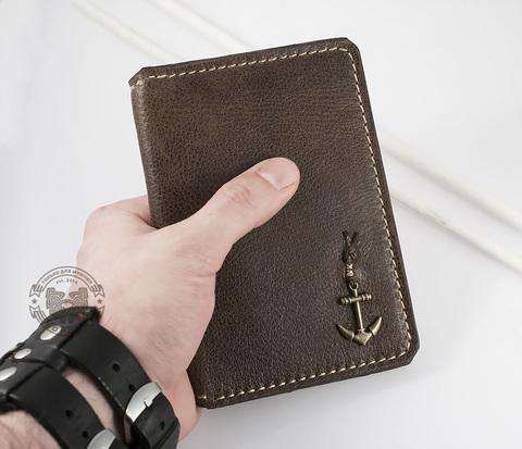 WB106 Обложка на паспорт с отделением для купюр и кармашками для карт
