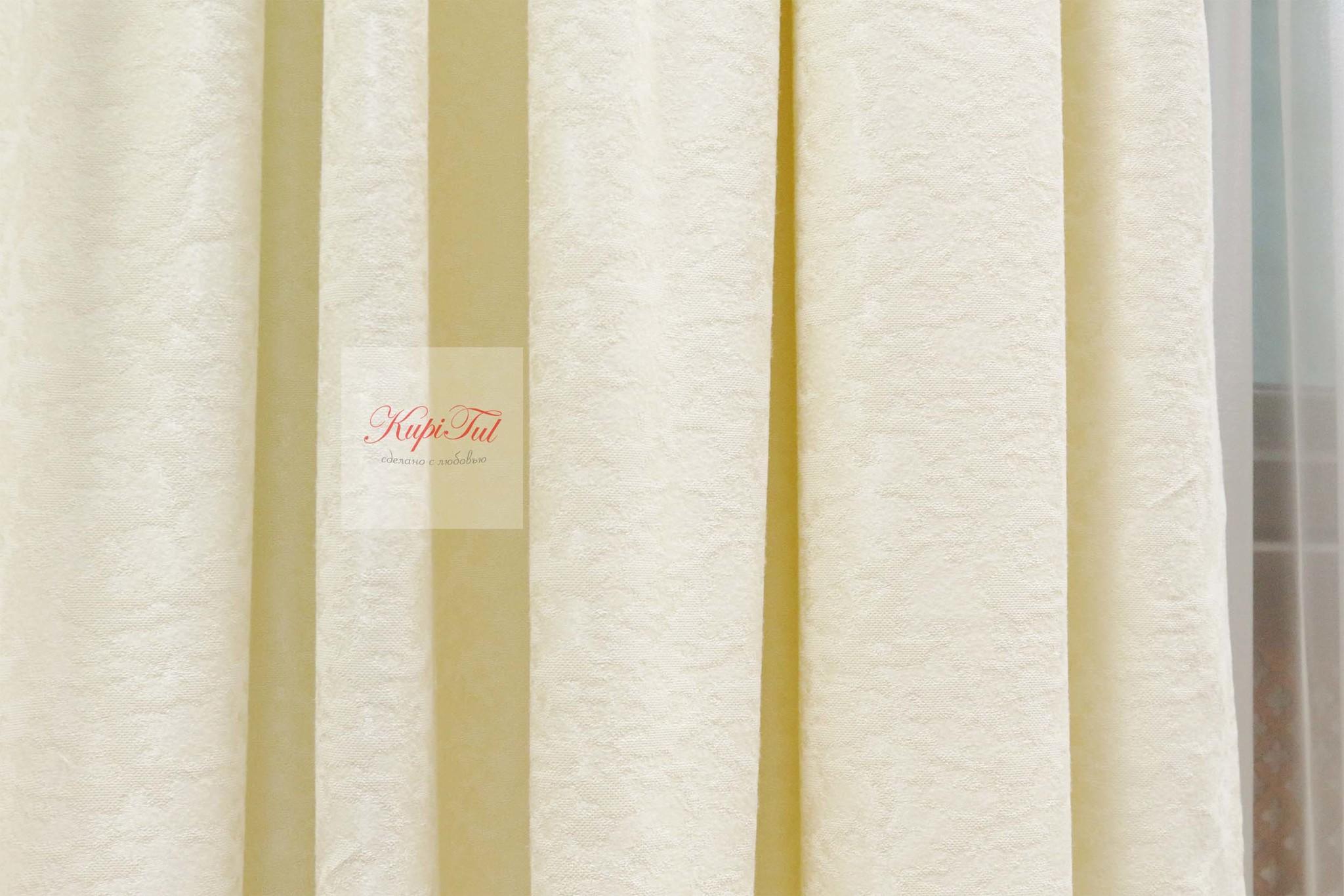 Комплект штор Луи (Cream). Шторы из стриженного бархата.