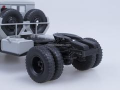 MAZ 200V road tractor gray AutoHistory 1:43