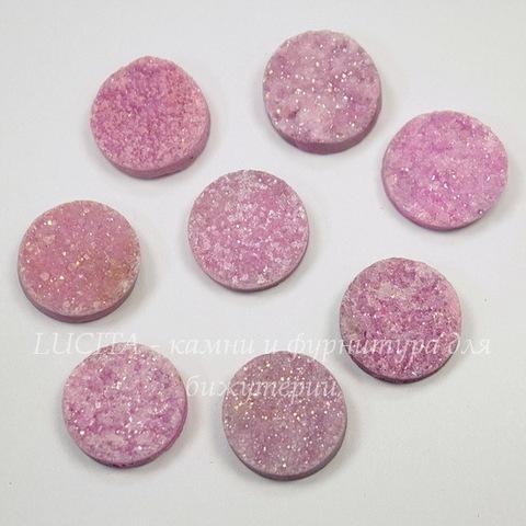 Кабошон круглый, Кварц (тониров) с друзой, цвет - розовый, 14 мм