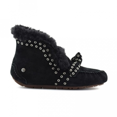 /collection/novinki/product/ugg-alena-rivets-bow-black