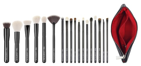 Набор из 18 кистей  LOVETO.PL - Set of 18 make-up brushes + cosmetic bag (PL)