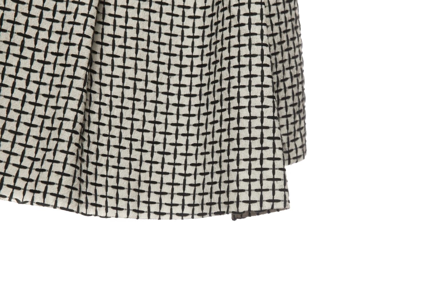 Женственное платье из хлопка от Chanel, 36 размер.