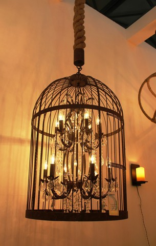 vintage chandelier  01-55 ( by Funky Vintage )