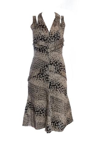 Изысканный летнее платье с черно-белым цветочным принтом от Chanel, 38 размер.