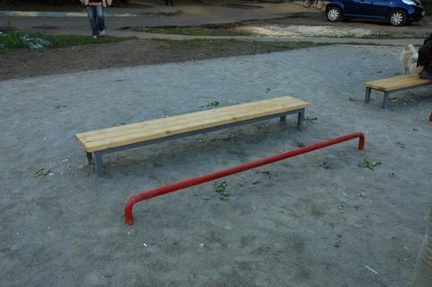 Скамейка для пресса с упором для ног уличная 2м