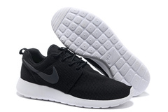 Кроссовки Мужские Nike Roshe Run Material Black Top White