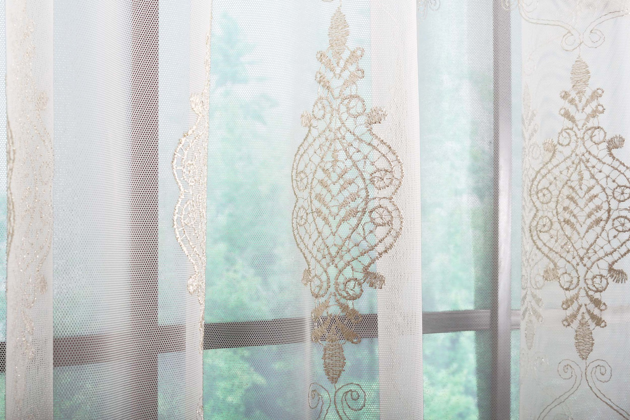 Готовая штора Медальон (сливочный)