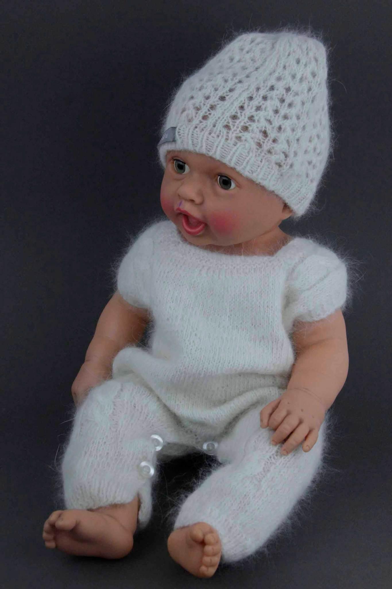Newborn_angora_hat_36_white