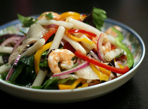 https://static-eu.insales.ru/images/products/1/775/20865799/vietnamese_salad.png