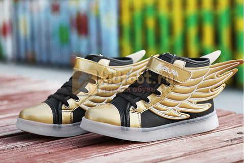 Светящиеся кроссовки с крыльями с USB зарядкой Бебексия (BEIBEIXIA), цвет черный золотой, светится вся подошва. Изображение 9 из 20.