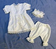 Комплект крестильный 3-предметный с шитьем для девочки