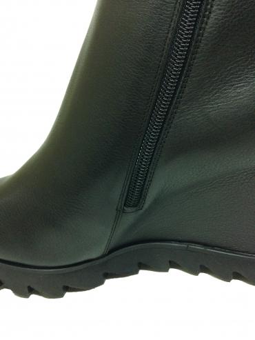Ботинки Giorgio Piergentili, артикул 9723, сезон зима, цвет чёрный, материал кожа, цена 15 500 руб., veroitaly.ru