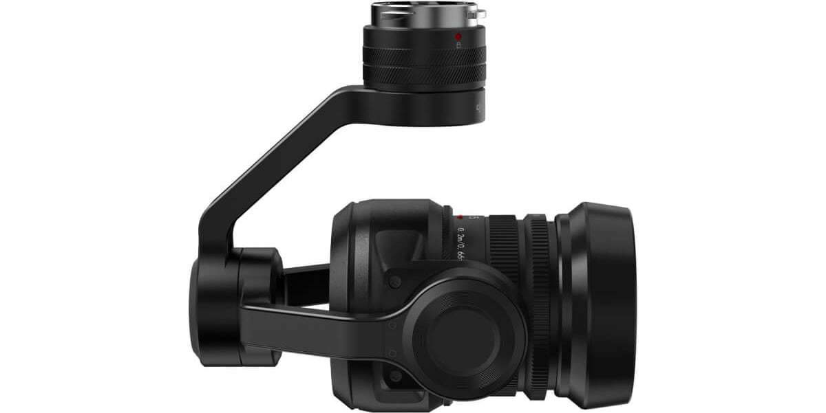 Подвес с камерой и объективом DJI Zenmuse X5S for Inspire 2 вид справа