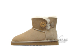 UGG Mini Bailey Button Sand