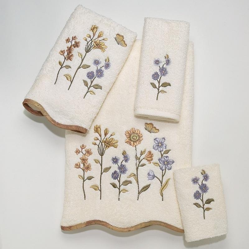 Полотенца Полотенце 69х132 Avanti Country Floral слоновой кости elitnoe-polotentse-mahrovoe-country-floral-slonovaya-kost-ot-avanti-kanada.jpg