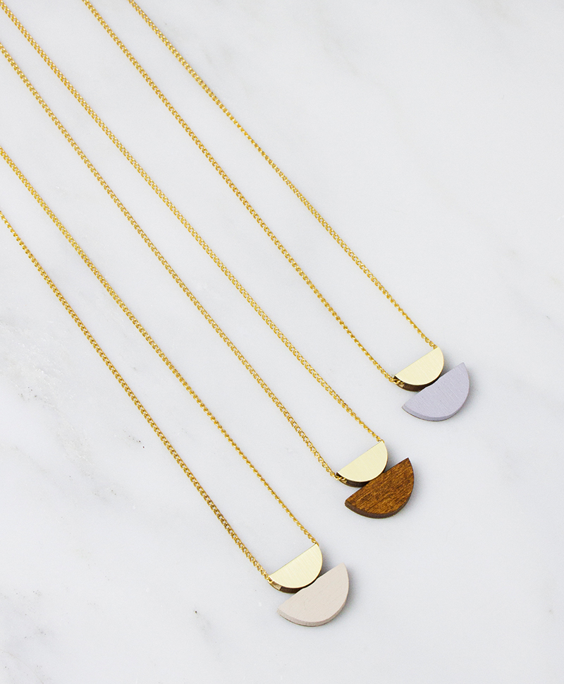 Подвеска Double Crescent Necklace Wood