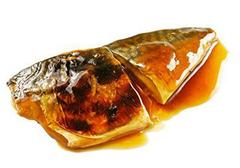 Скумбрия жареная в соусе