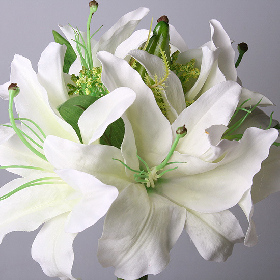 Букетик лилий белый из 3-х шт., 5760-1