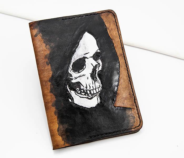 BC159 Обложка для паспорта Смертушка, ручной раскрас фото 01