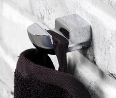 Крючок в ванную WasserKRAFT Kammel K-8323