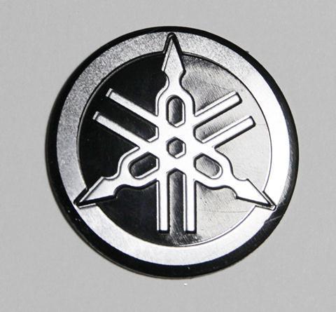 Наклейка-логотип универсальная