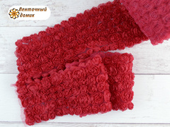 Ткань Розы на сетке красная