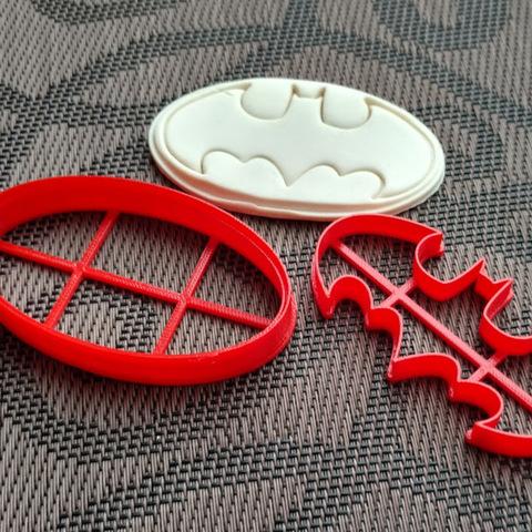 Эмблема Бэтмена №1