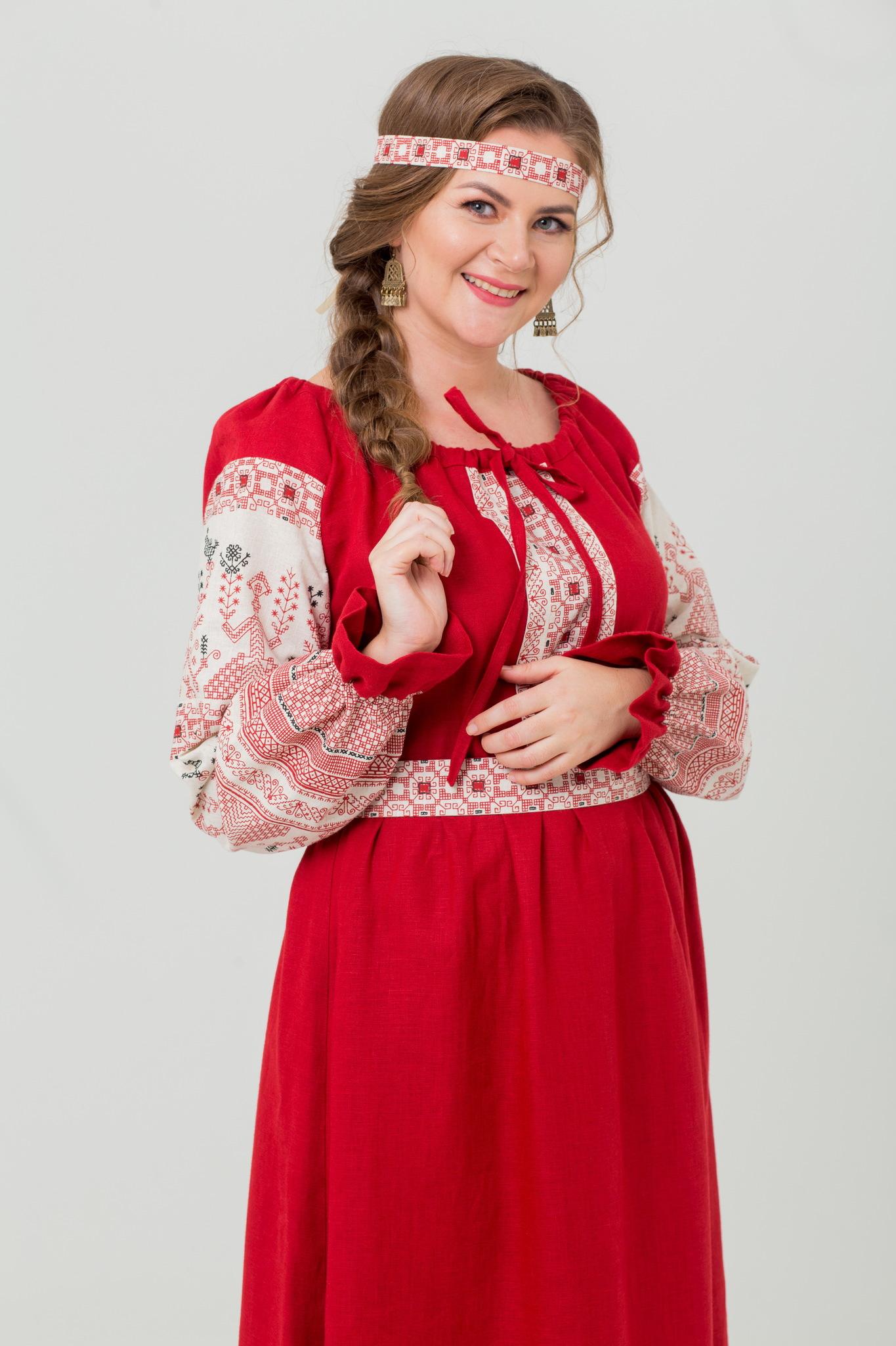 Славянское платье на праздник Брусничный цвет