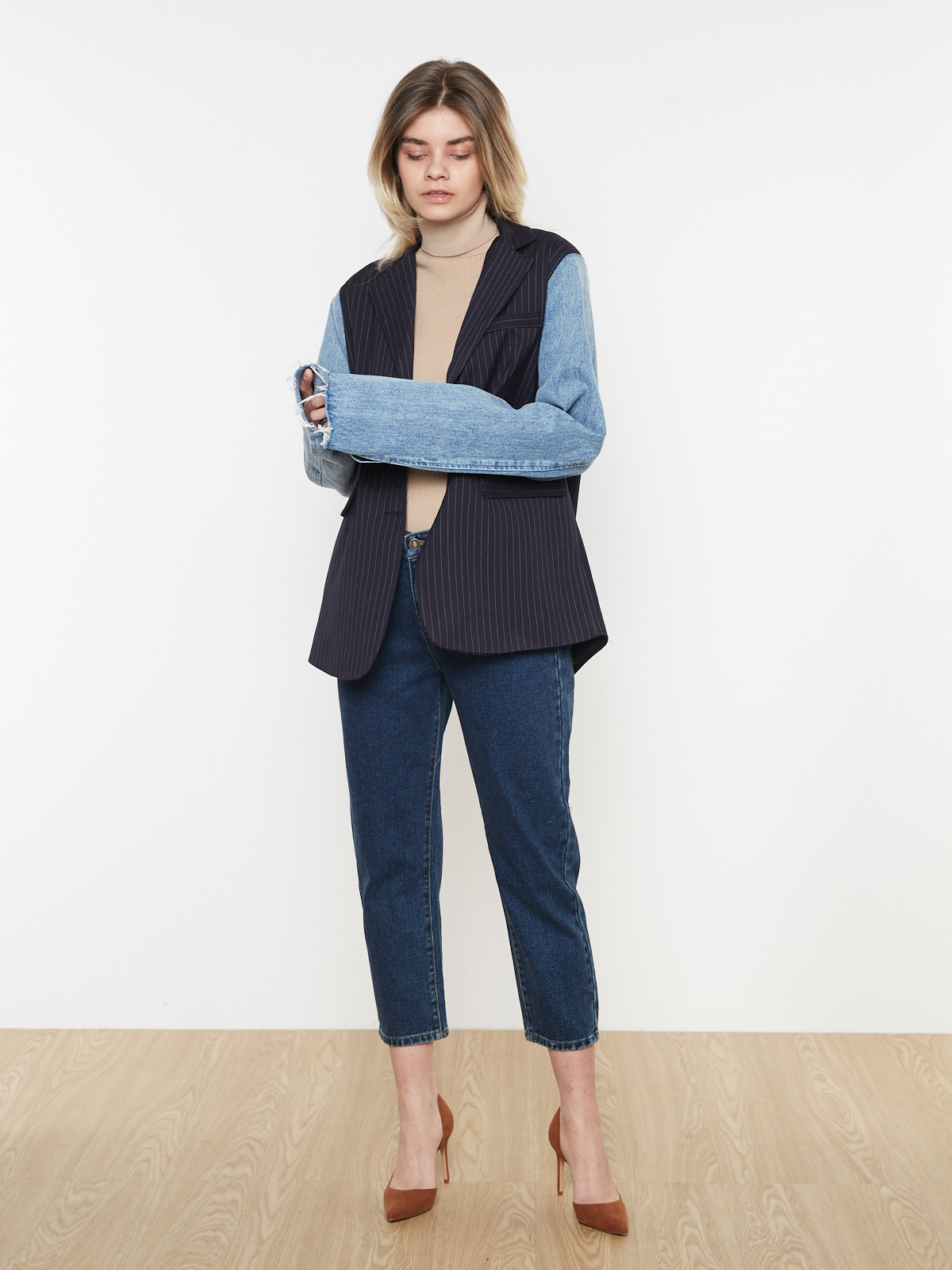 Жакет в полоску с джинсовыми рукавами