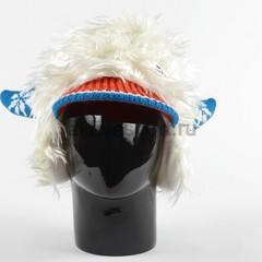 Шапка с волосами Eisbar Power Horn 026