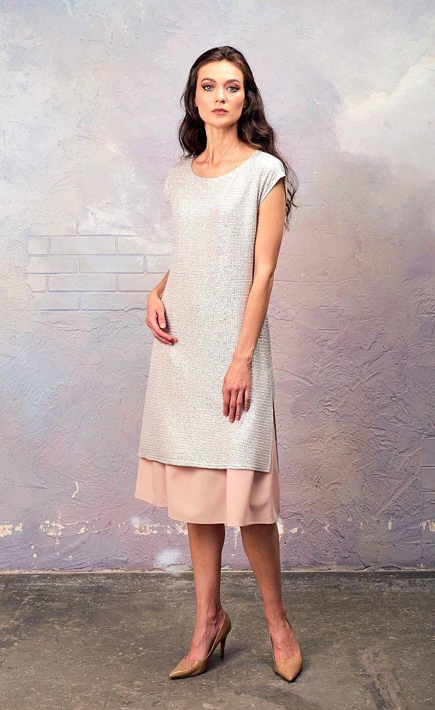 Платье З337-128 - Платье 2-в-одном - нижнее платье сарафан из матовой ткани в комплекте и туника из блестящей ткани с крэш-эффектом и плотным серебристым напылением. Туника также прекрасно сочетается с брюками или прямой укороченной юбкой. Серебряный пояс-бант в комплект не входит, но его можно приобрести отдельно.
