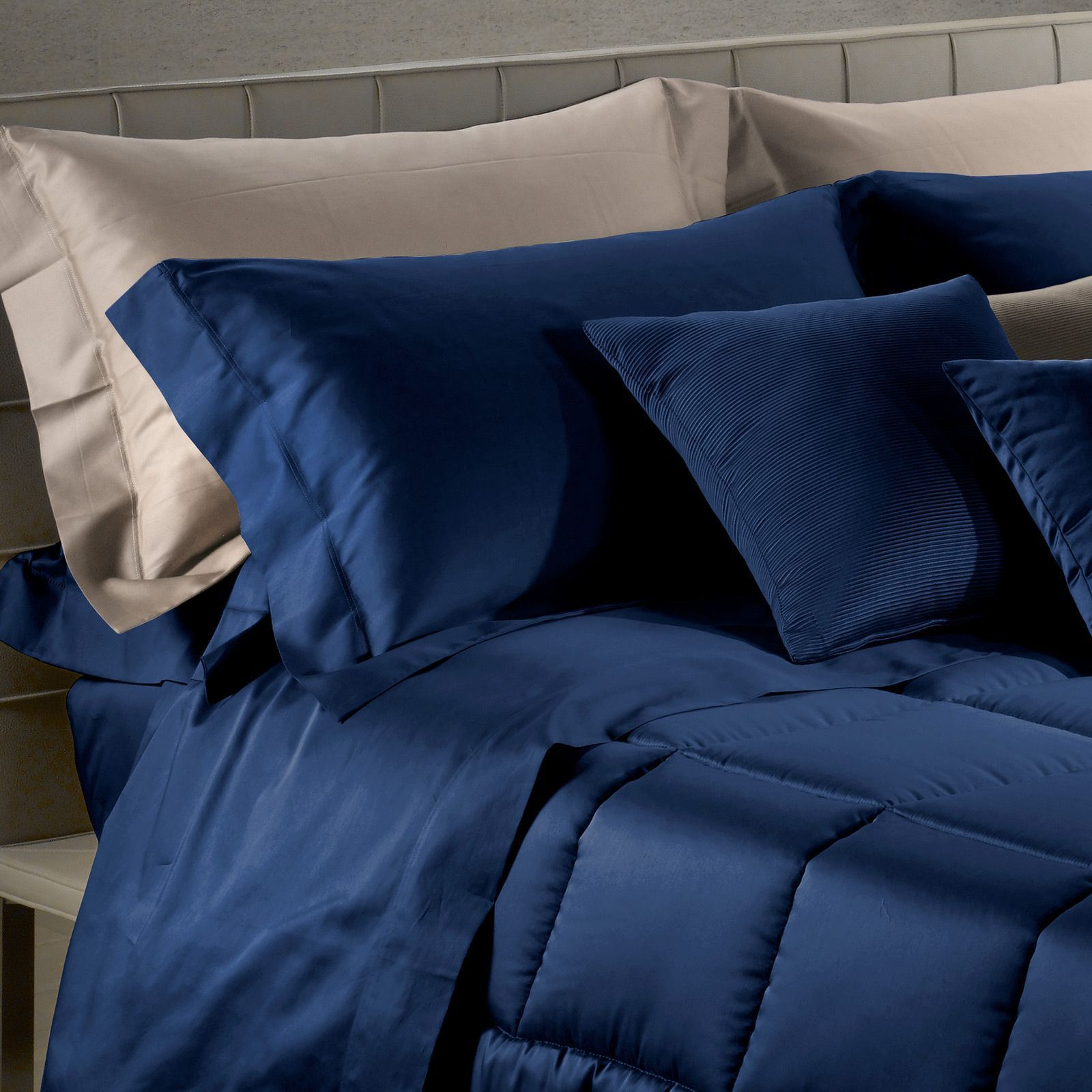 Для сна Наволочки 2шт 50x70 Caleffi Raso Tinta Unito темно-синие komplekt-navolochek-caleffi-raso-tinta-unito-temno-siniy-italiya.jpg