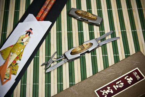 Складной нож Showtik Zumen