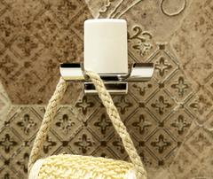 Крючок в ванную WasserKRAFT Leine K-5023DWHITE двойной