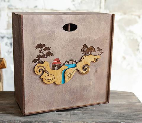 Большая коробка «Синано» с художественной росписью (25*25*12 см)