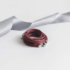 Женский браслеты из натуральной кожи красного цвета  оптом и в розницу