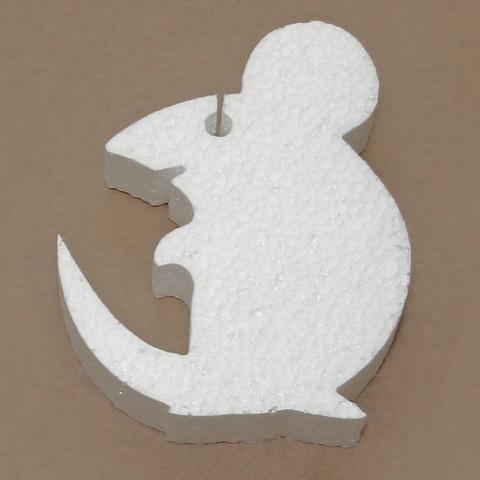 Мышь из пенопласта.