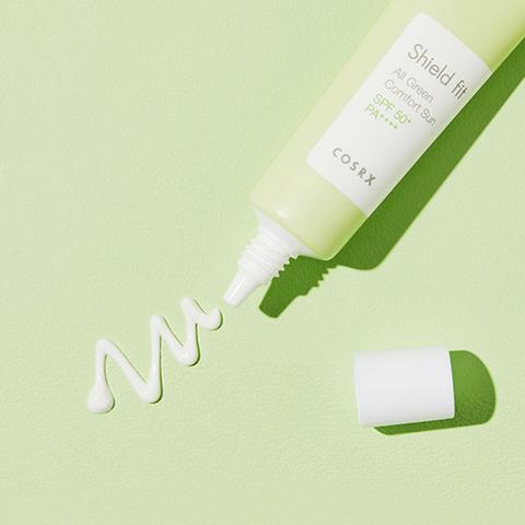 Минеральный солнцезащитный крем для чувствительной кожи SPF50+ PA++++, 35 мл / Cosrx Shield Fit All Green Comfort Sun