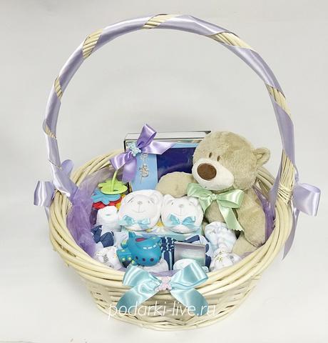 Корзинка подарочная для малыша