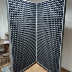 Звукопоглощающая ширма Echoton Screen Book рабочий диапазон от 135 Hz