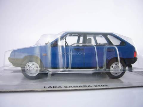 VAZ-2109 Lada Samara blue 1:43 DeAgostini Kultowe Auta PRL-u #56