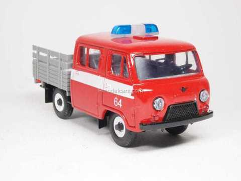UAZ-39094 Farmer Fire Engine Agat Mossar Tantal 1:43
