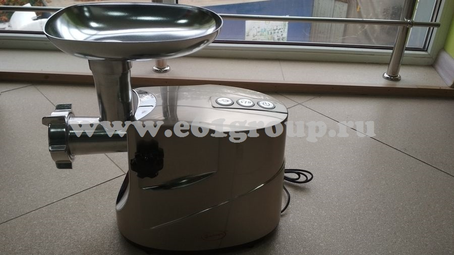 1 Мясорубка электрическая Комфорт Умница МЭ-3800Вт