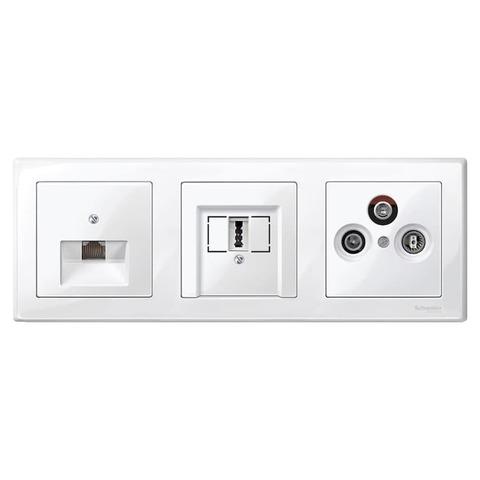 Рамка на 3 поста. Цвет Полярно-белый, блестящий. Merten M-smart. MTN478319