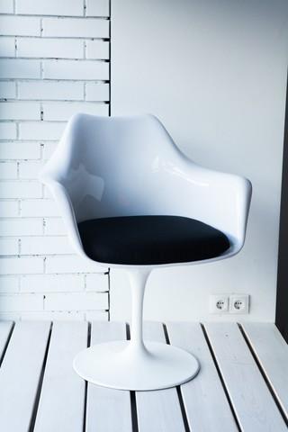 стул TULIP, белый+черная подушка